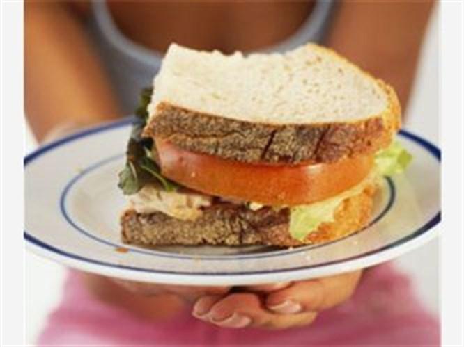 Hafif atıştırmalıklarla kalorilerden korunun